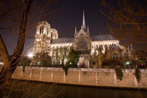 Looking at Notre Dame from the Left Bank.