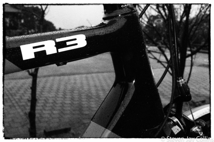 Cervelo-R3-in-the-rain-black-and-white-1024x682