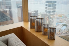 Hong Kong has the closest Garret Popcorn shop. One stop here is with the trip.