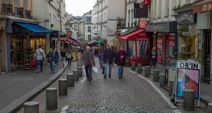 Looking down Rue Mouffetard.