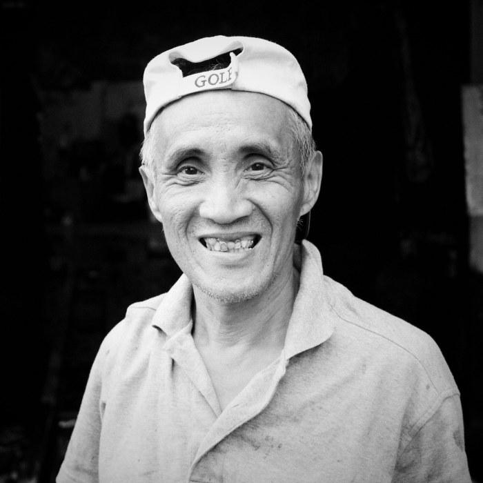 The carwash guy. (Taipei, Taiwan)