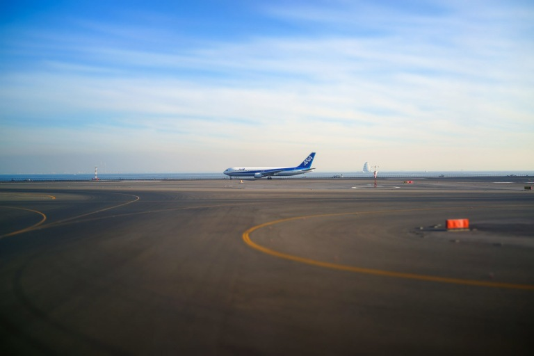 Taxiing into position on Hong Kong.