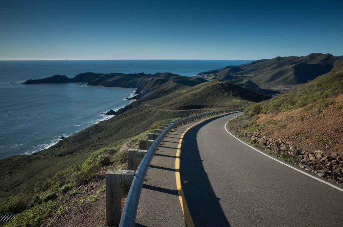 Descending Hawk Hill, Marin Headlands. (Ricoh GR)