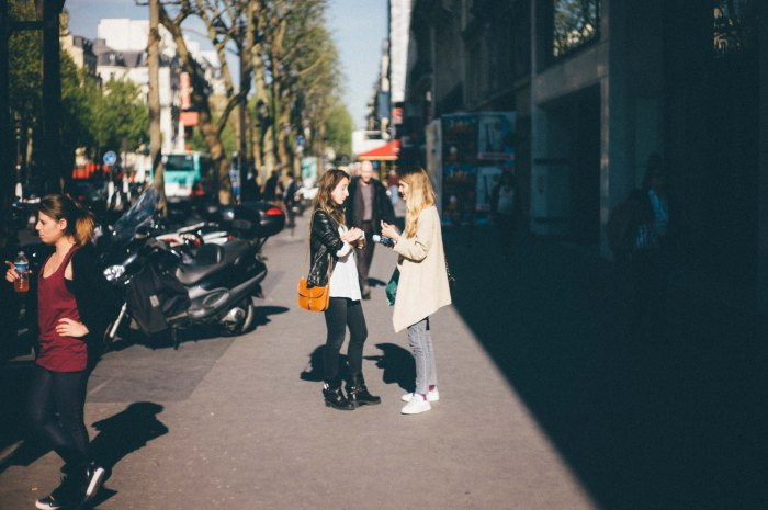 Two Friends Chat (Leica M9 with Canon 50mm f/1.4 LTM)