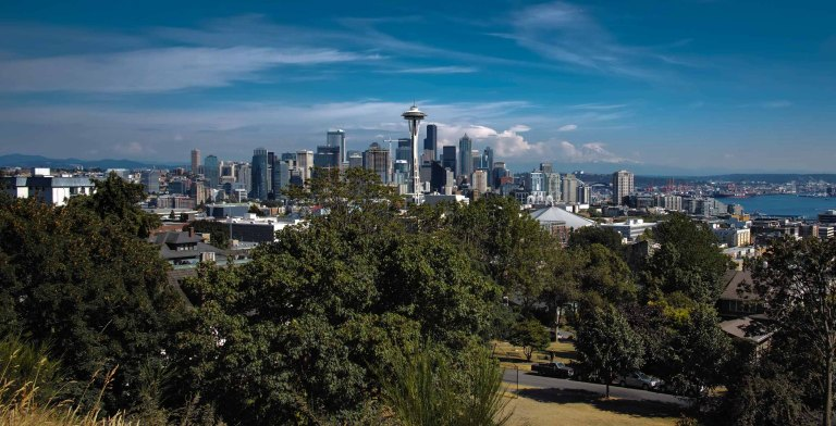 Downtown Seattle from Kerry Park. (Sigma DP1 Quattro, handheld)