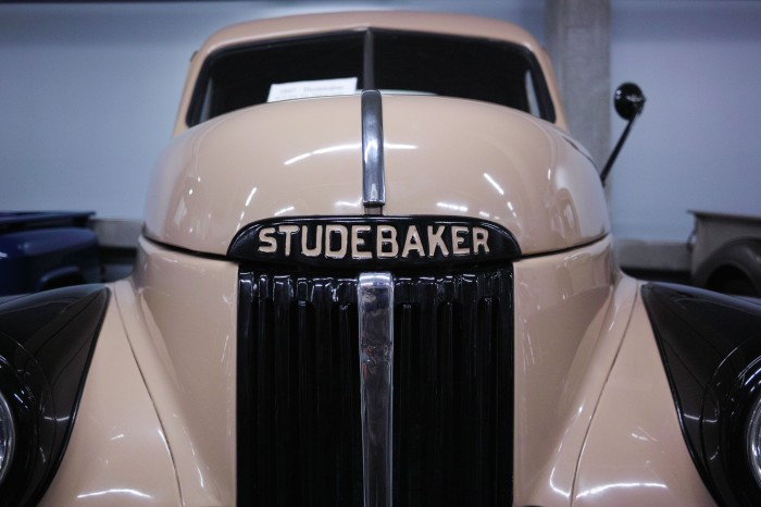 This old Studebaker pick-up was shot handheld at ISO 400. (Sigma DP1 Quattro)
