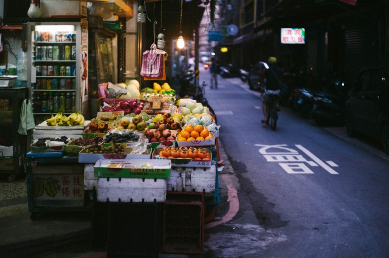 Small grocer in the alley. (Leica M9, Canon 50mm LTM, VSCO)